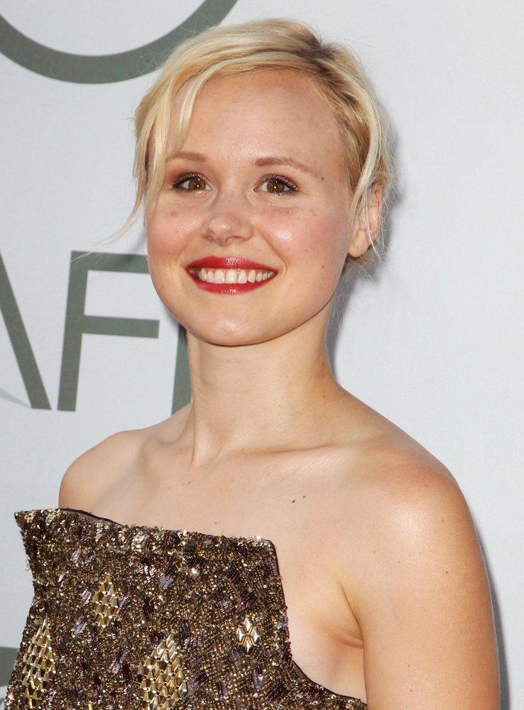 Alison Pill Pictures With High Quality Photos