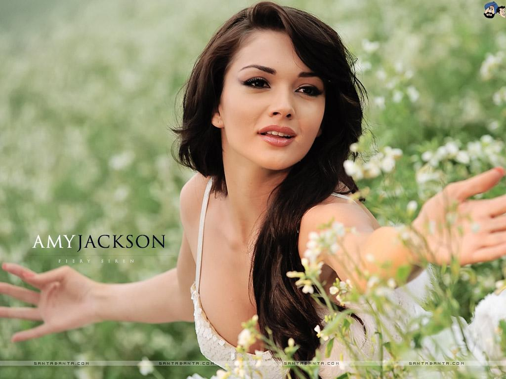 Amy Jackson Height, Weight, Age, Affairs & More - StarsUnfolded ...
