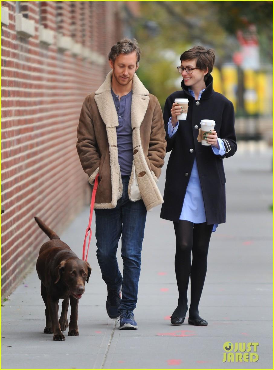 Anne Hathaway & Adam Shulman: Coffee & Dog Walk!: Photo 2745070