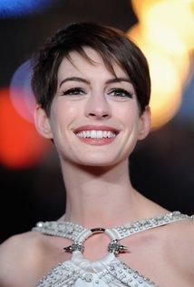 Anne Hathaway - IMDb