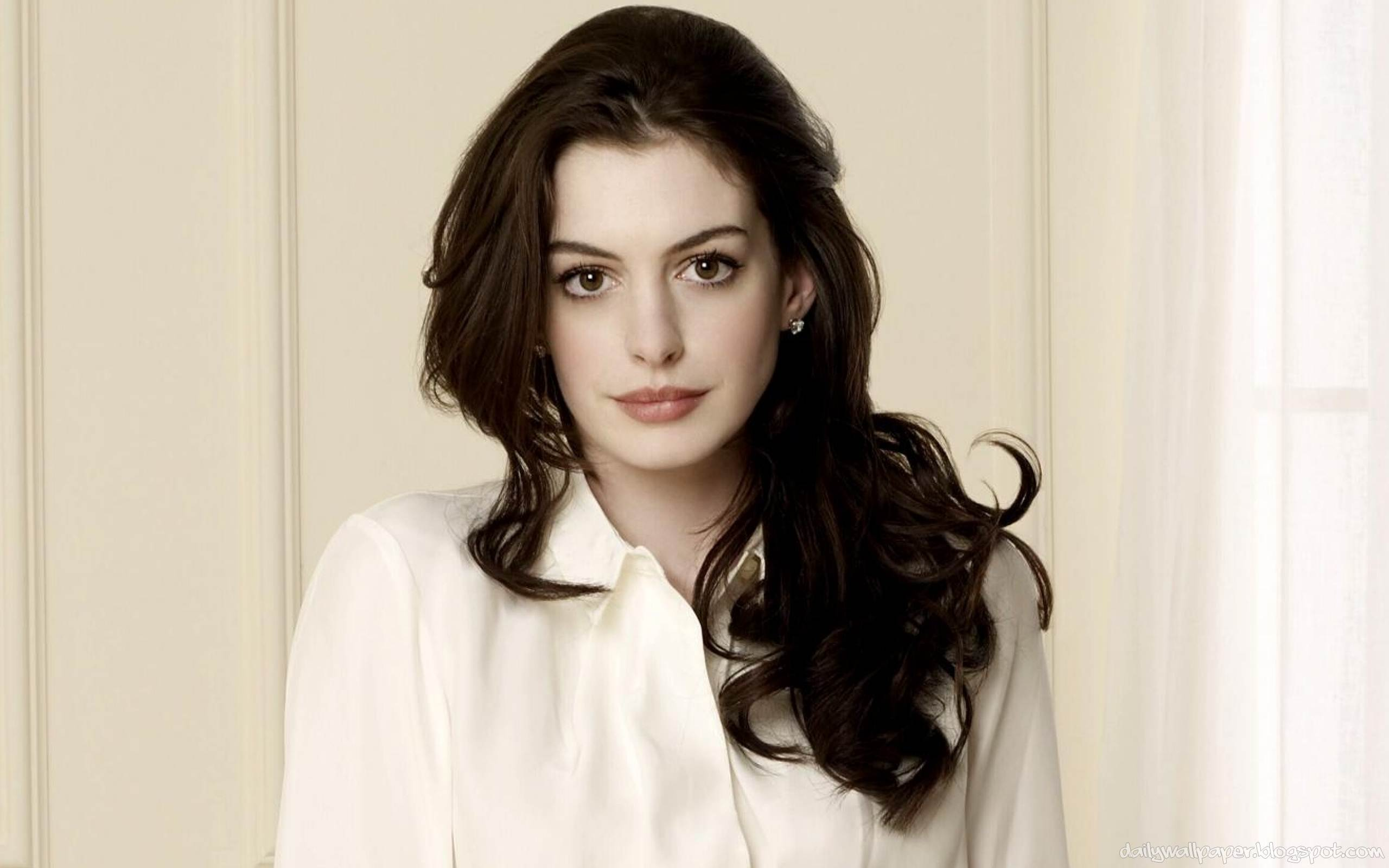 Anne Hathaway Page 1