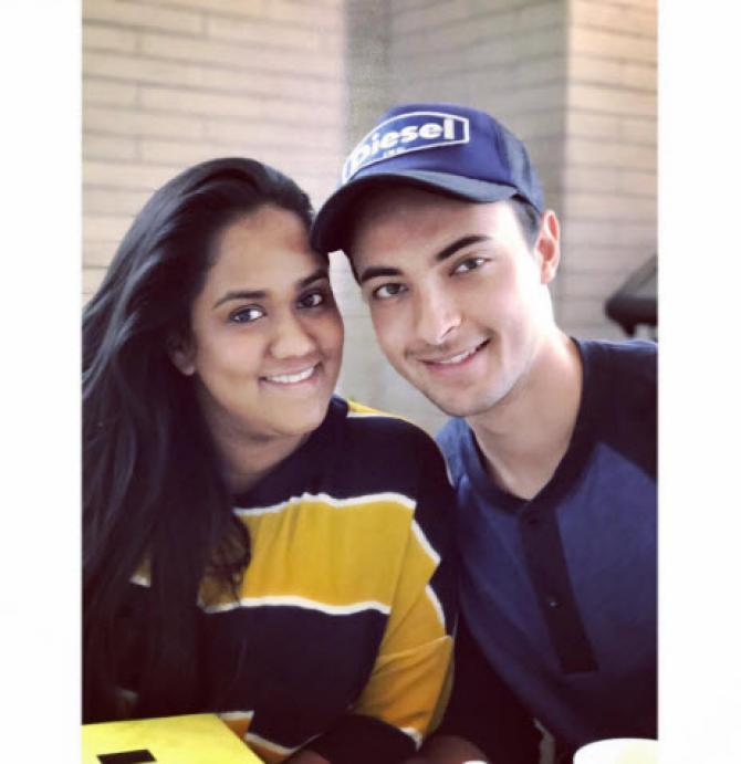 Arpita Khan And Ayush Sharma Cutely Wish Each Other On Their 2nd