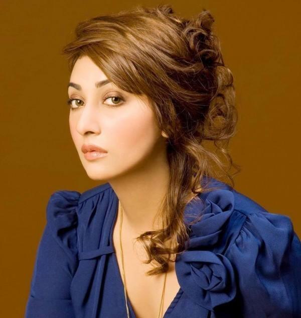 Ayesha Khan Movies & Drama List, Height, Date Of Birth & Net Worth