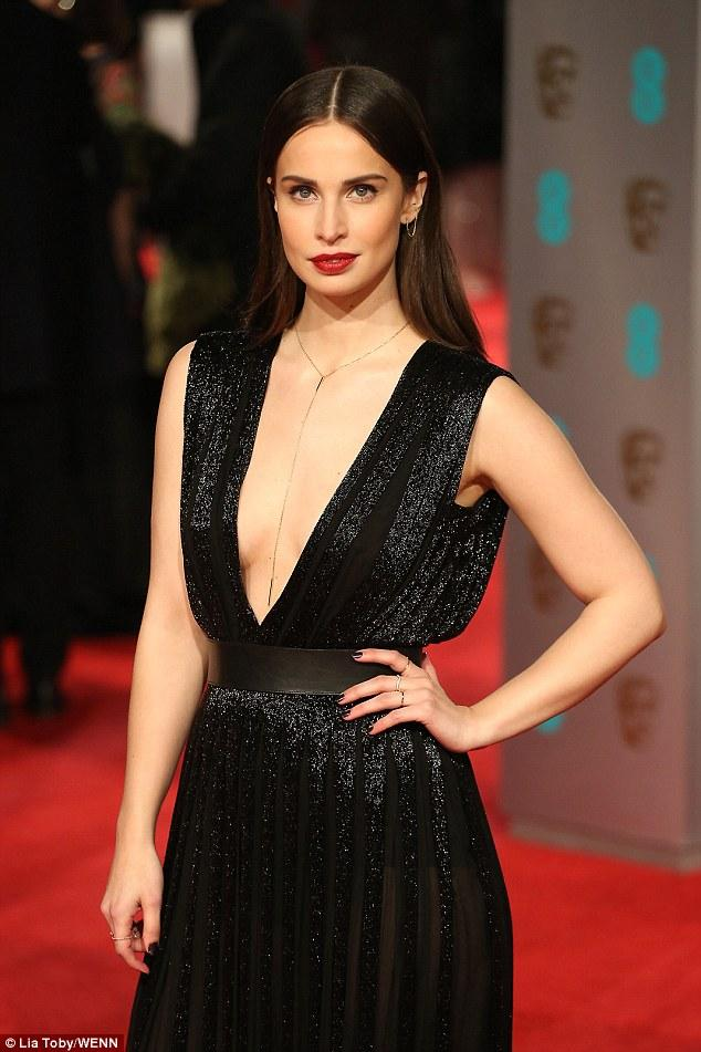 BAFTA Red Carpet Sees Poldark's Heida Reed Inject Some Serious Sex