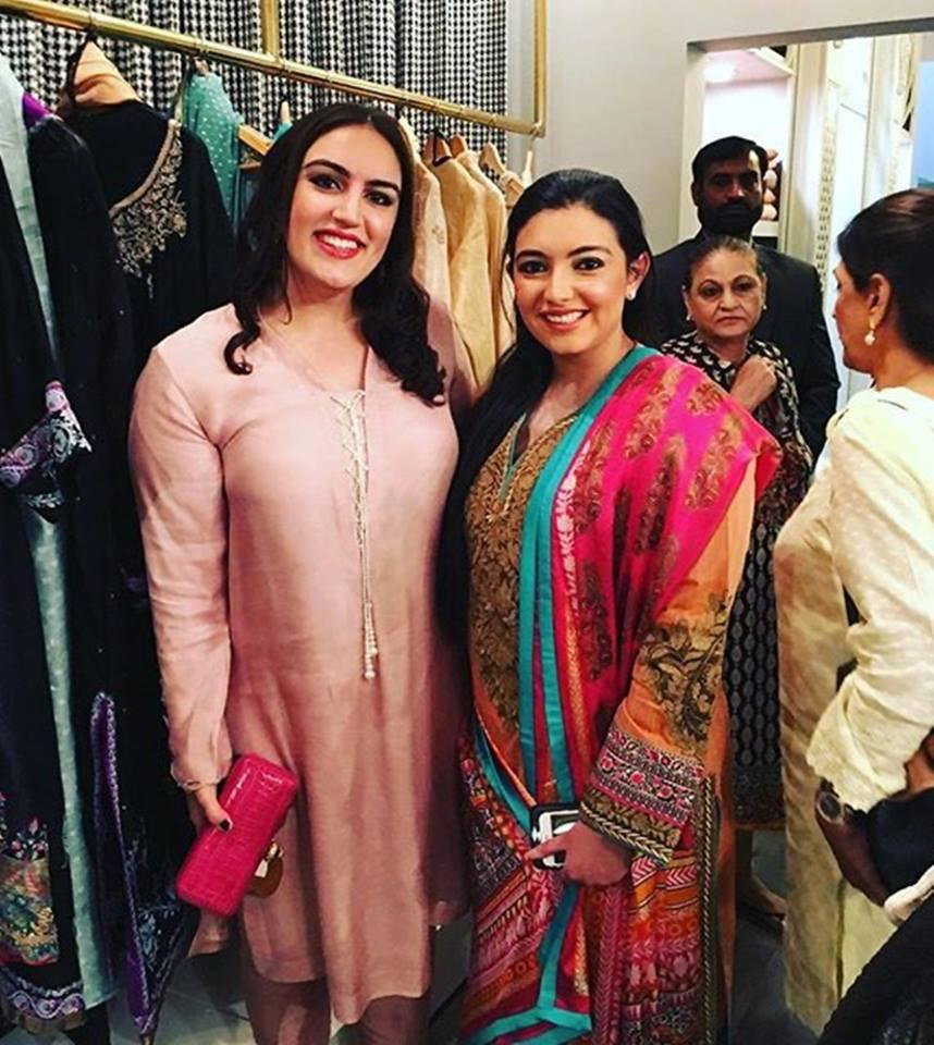 Bakhtawar & Asifa Bhutto Zardari Spotted At Boutique's Collection