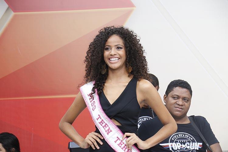 Beleza De Monalysa, Miss Teen Teresina, Enche Tela Do Cidade Viva