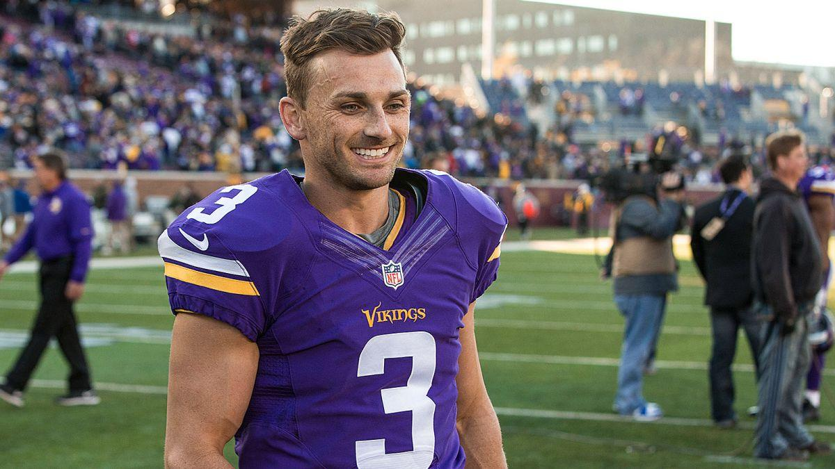 Blair Walsh Greets The First-graders Who Sent Him Uplifting Letters
