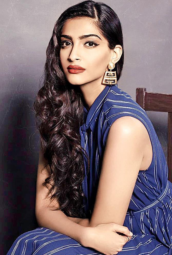 Books Taught Me That Nobody's Perfect: Sonam Kapoor - Entertainment