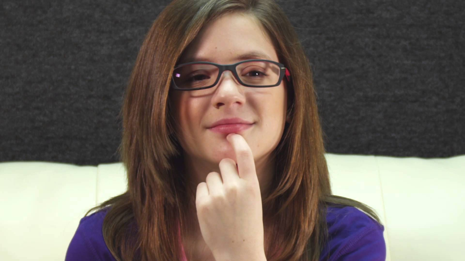 "Boozy Mom - Meet The Cast: Sage Boatright (""Riley"") - YouTube"