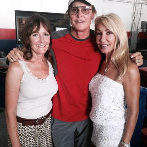 Bruce Jenner Is All Smiles While With Ex-Wives Linda Thompson And