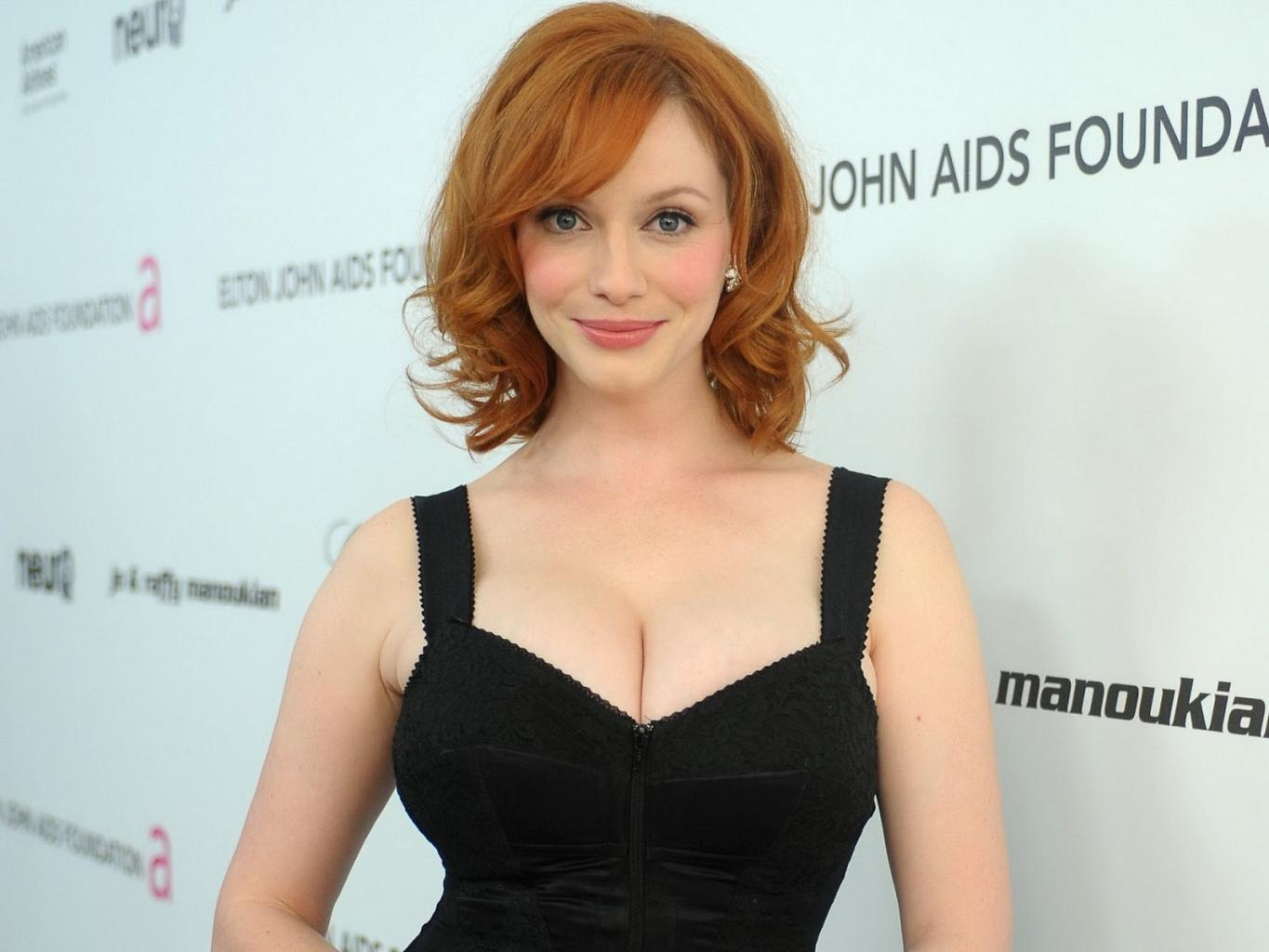 Christina Hendricks, Beautiful With Such Impressive Curves