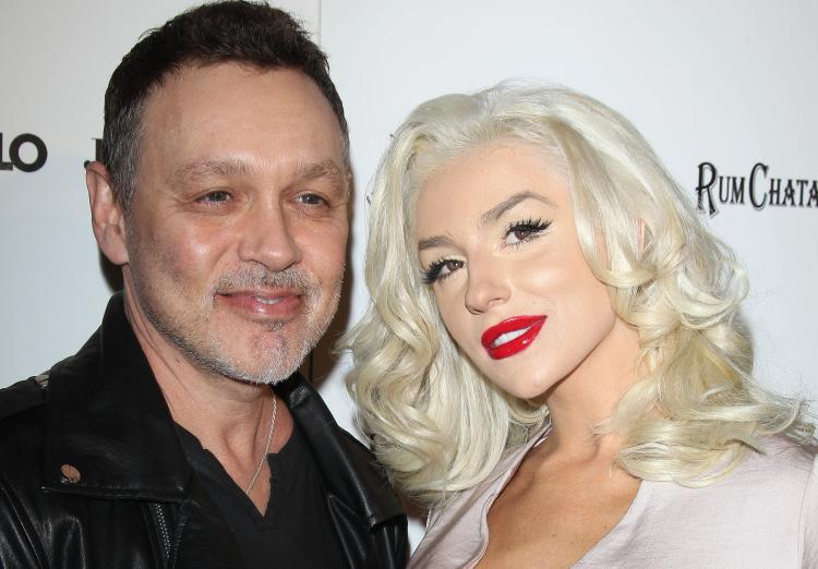 Courtney Stodden & Doug Hutchison To Renew Vows In Early 2016