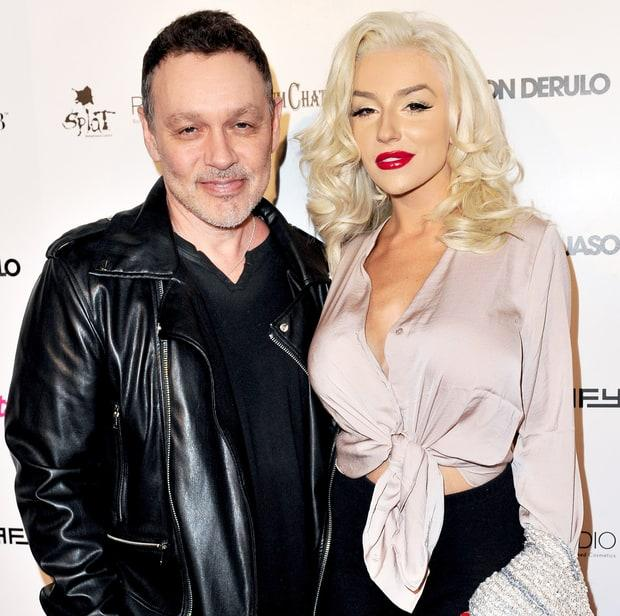 Courtney Stodden Was 'Half A Virgin' Before Marrying Doug Hutchison