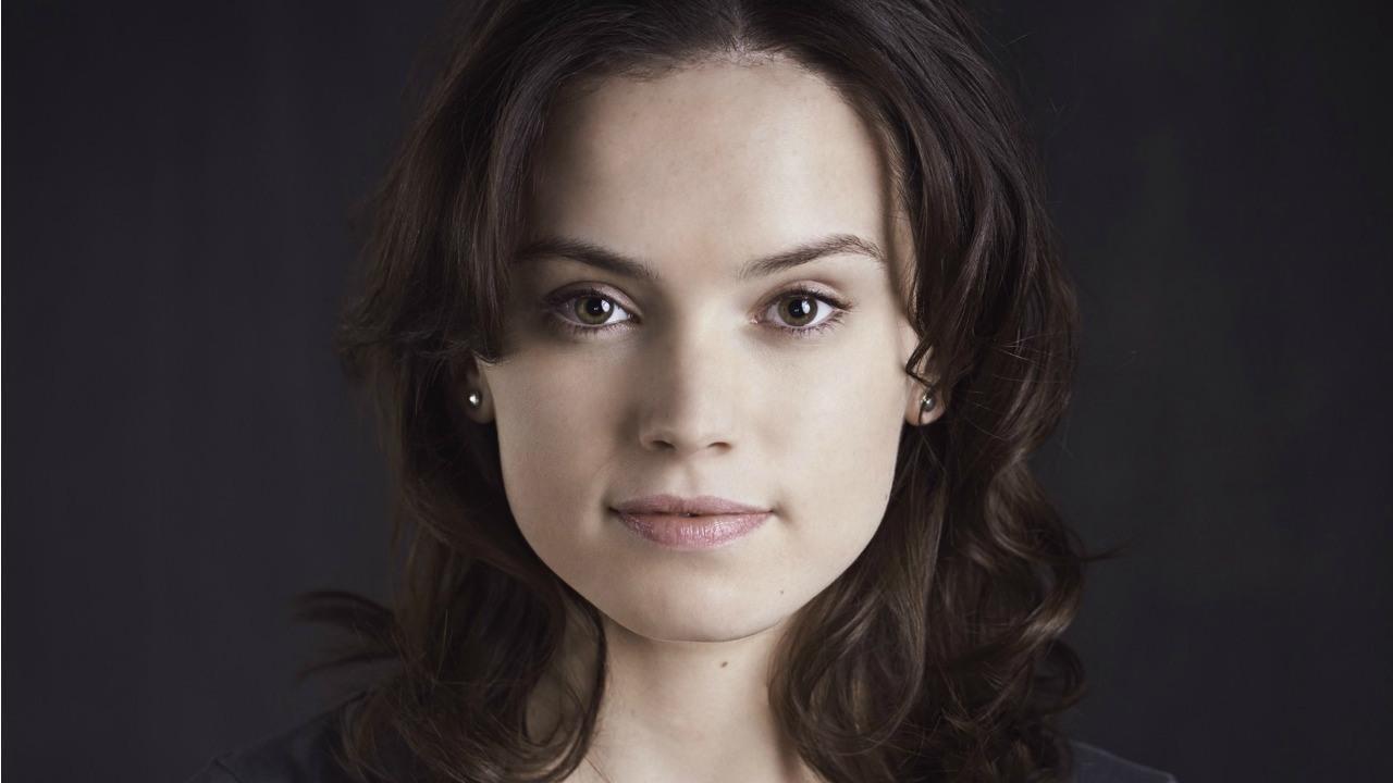 Daisy Ridley May Play Lara Croft In Tomb Raider Reboot - IGN
