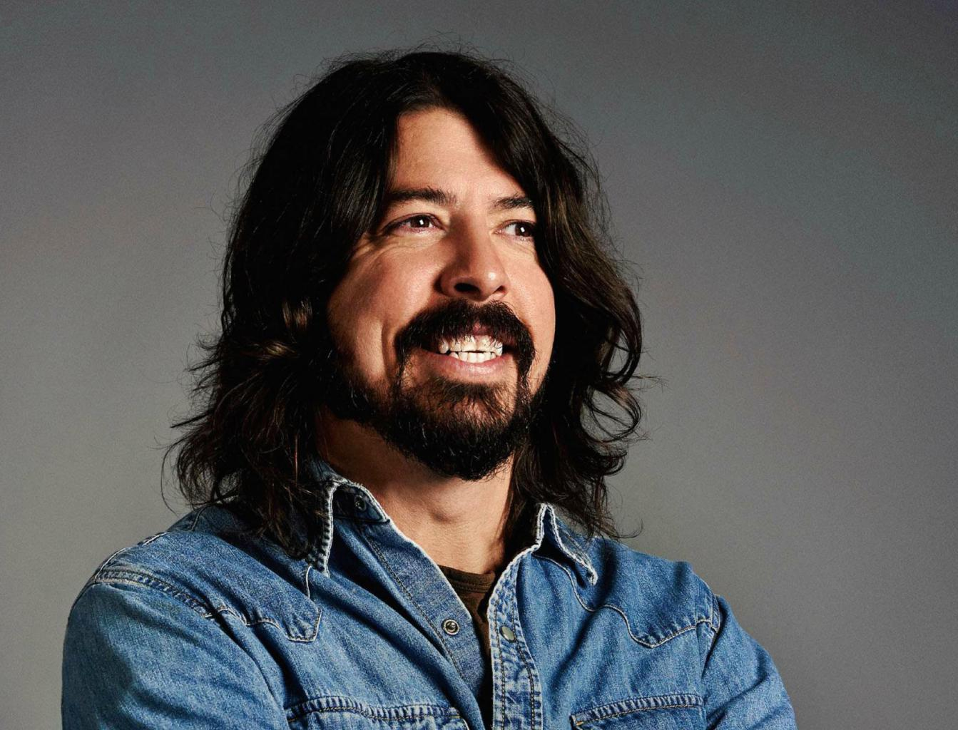 "Dave Grohl Gives New Insight Into Season 2 Of ""Sonic Highways"