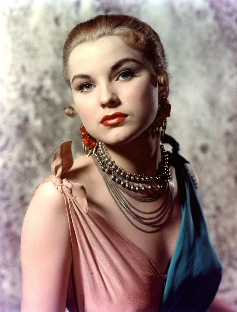 Debra Paget   Radio Star   Old Time Radio Downloads