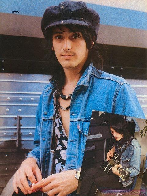 Diary Of A Manicurist: A Day With IZZY STRADLIN