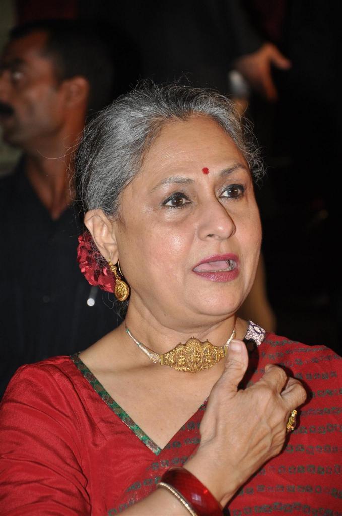 Did Jaya Bachchan Take A Sneaky Dig At Aditya Chopra's New Age