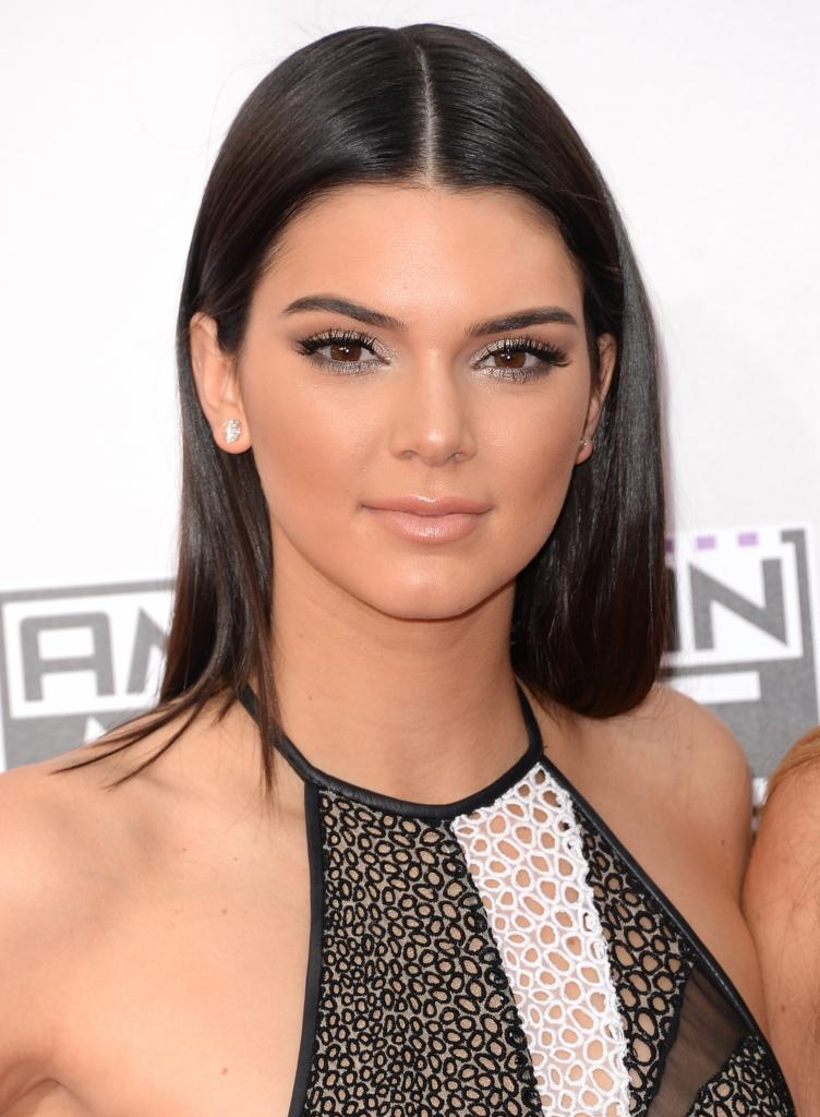 Did Kendall Jenner Have A Nose Job? Sure Looks Like It! - Life & Style