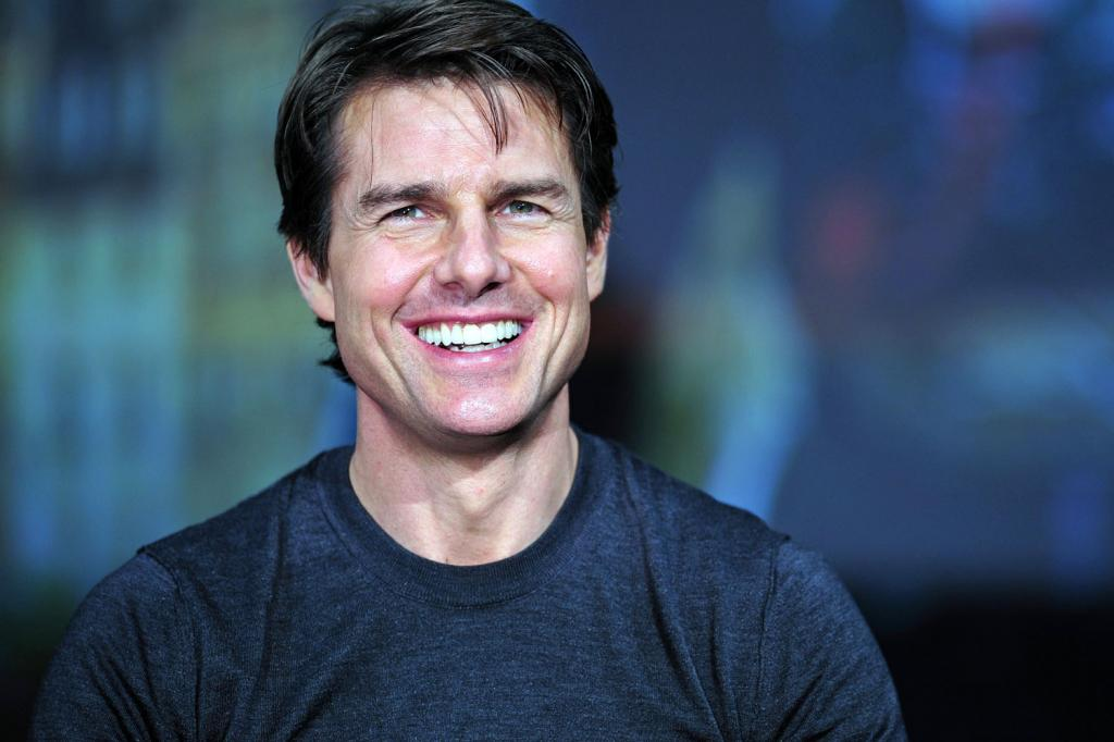 Facts About Tom Cruise Teeth And Smile