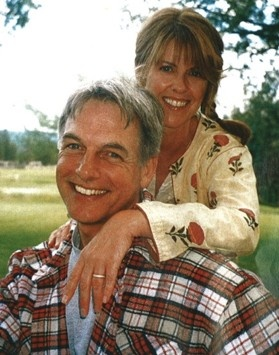 Hollywood Husband And Wife Mark Harmon And Pam Dawber   OffBeat