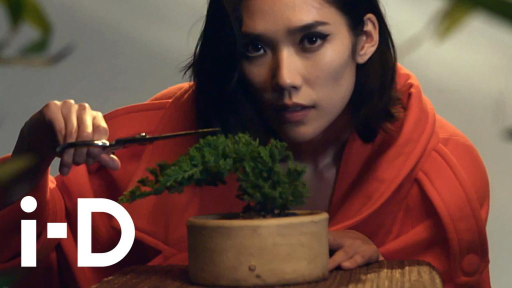 How To Speak Japanese With Tao Okamoto - YouTube
