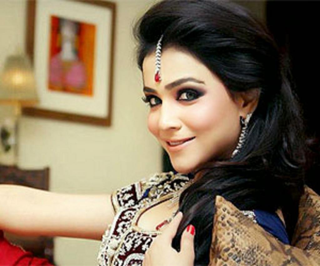 Humaima Malik Say She Is A Self-made Woman   Baaghi TV Pakistan