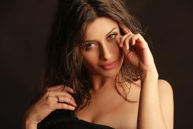 I Love Salman Khan, Says 'One Night Stand' Actress Nyra Banerjee