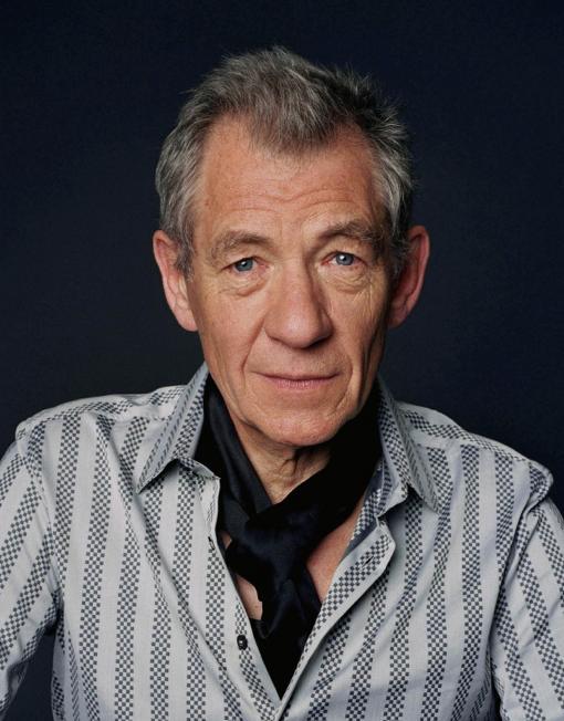 Ian McKellen To Return As Gandalf The Grey In The Hobbit Movie