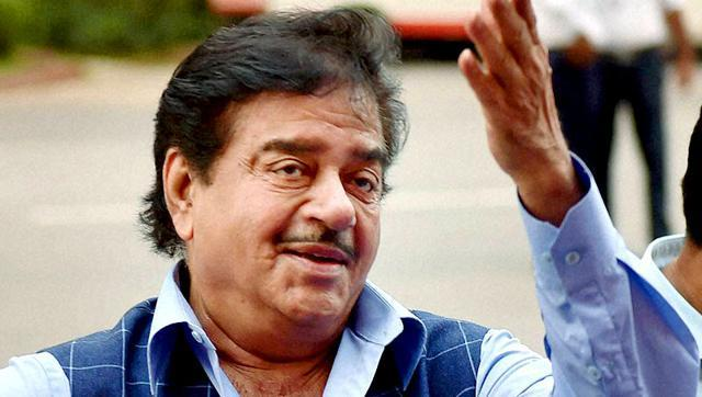 In Shatrughan Sinha's Biography, He Is 'Anything But Khamosh