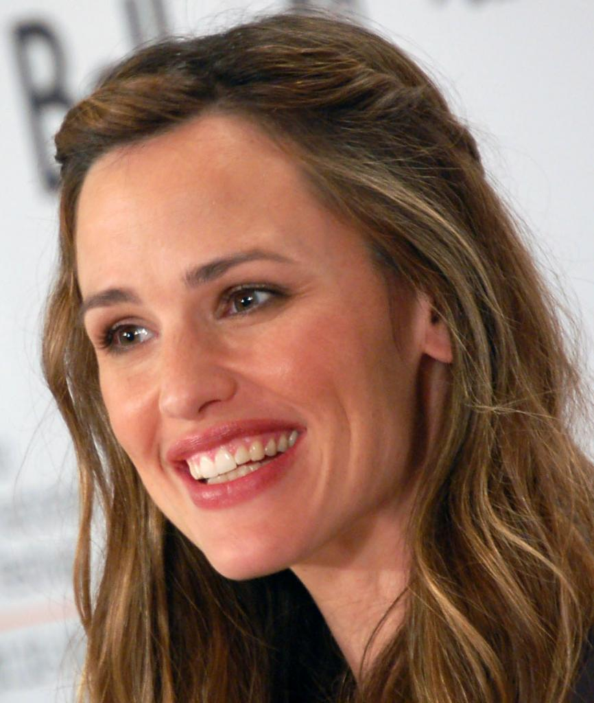 Jennifer Garner - photos and wallpapers