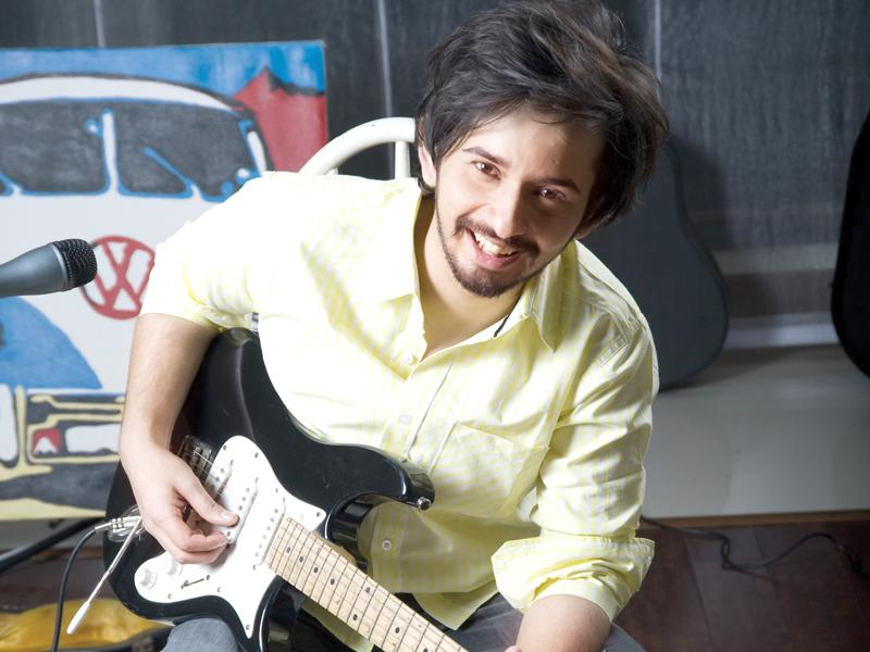 Jimmy Khan: Music Therapy - The Express Tribune