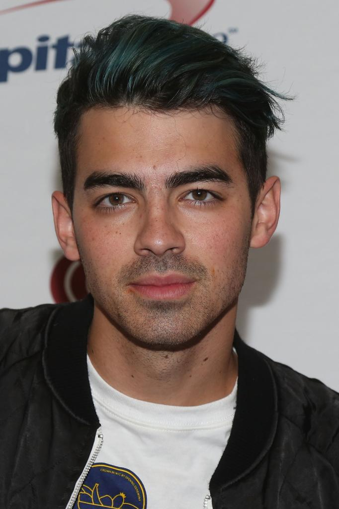 Joe Jonas Has Officially Moved On From Gigi Hadid - M Magazine