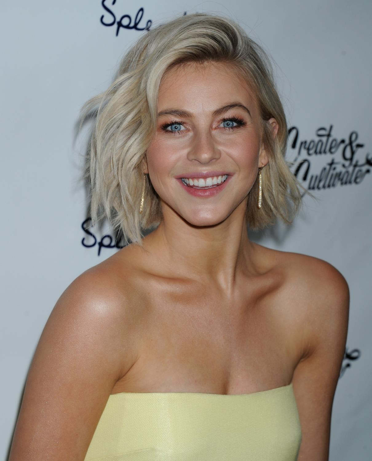 Julianne Hough Photos and wallpapers