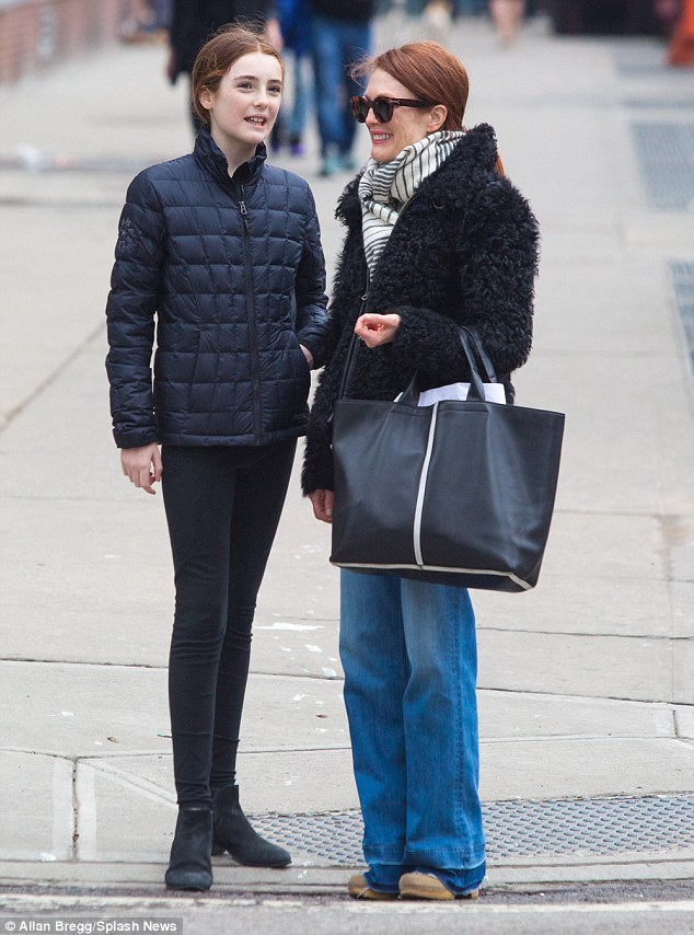 Julianne Moore Bonds With Daughter Liv Freundlich In NYC   Daily