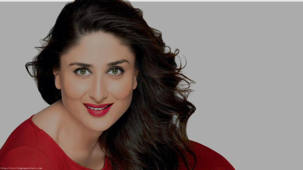 Kareena Kapoor Facts, Biography, Pictures   Sizzling Superstars