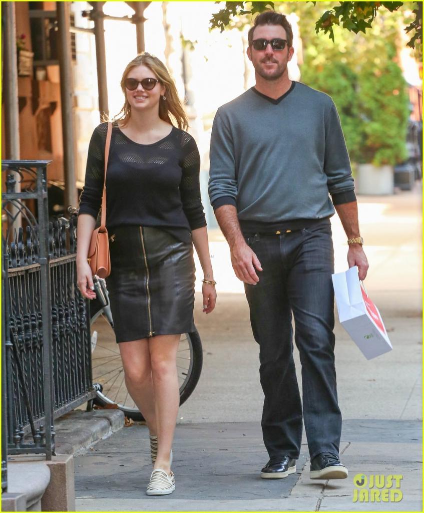 Kate Upton Shops With Boyfriend Justin Verlander After Switching