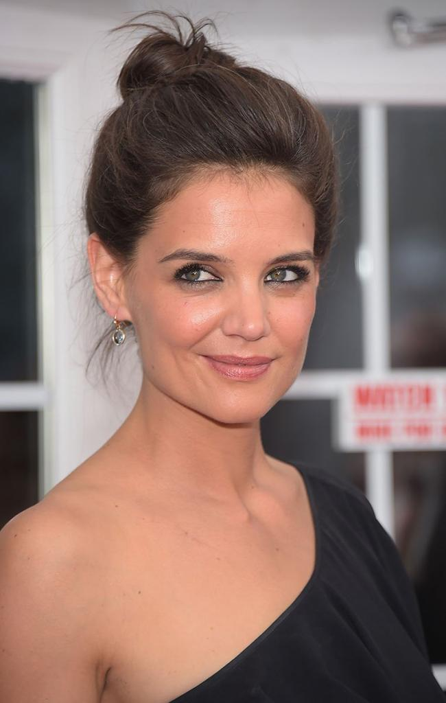 Katie Holmes - Photos - Vogue