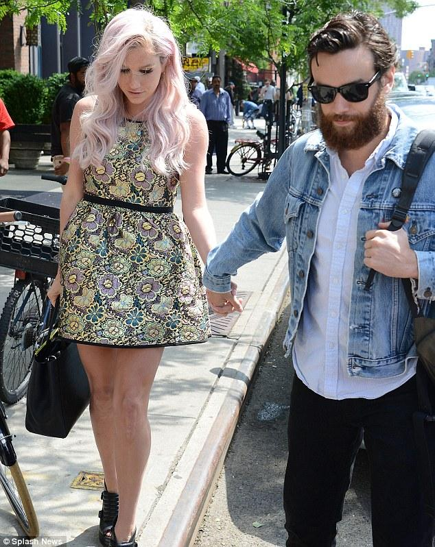 Kesha Shows Her Affection For Boyfriend Brad Ashenfelter In New