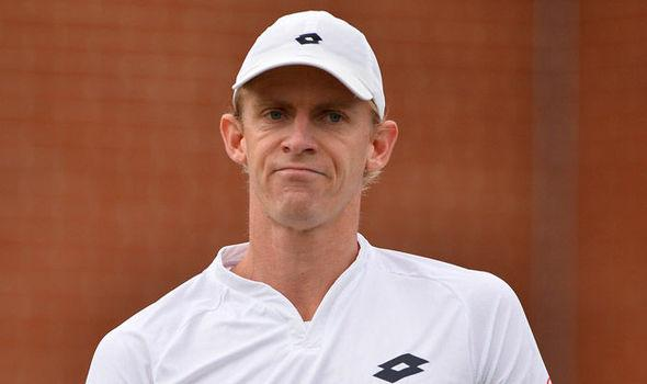 Kevin Anderson Reaches Queen's Club Final With Win Over Gilles Simon