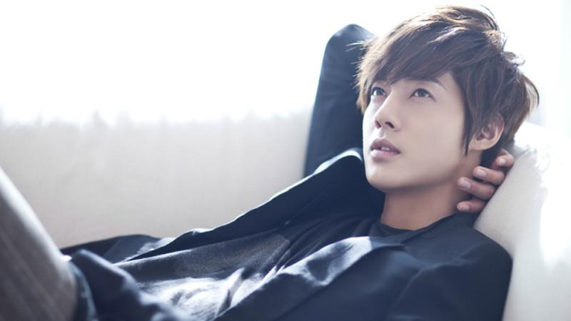 Kim Hyun Joong's Child To Be Born In September, Reveals Mother In