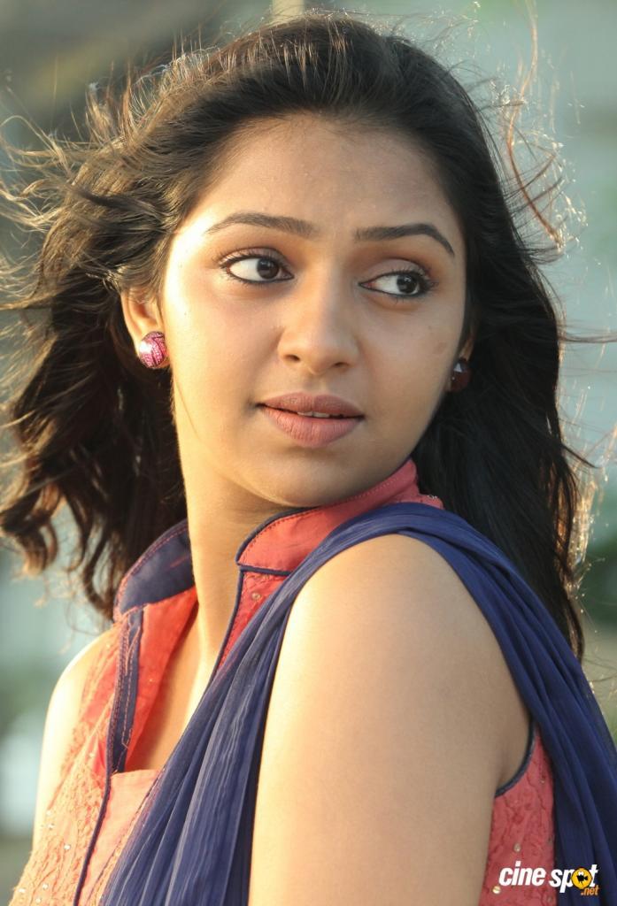 Lakshmi Menon (actress) Photos - Lakshmi Menon (actress) Photo
