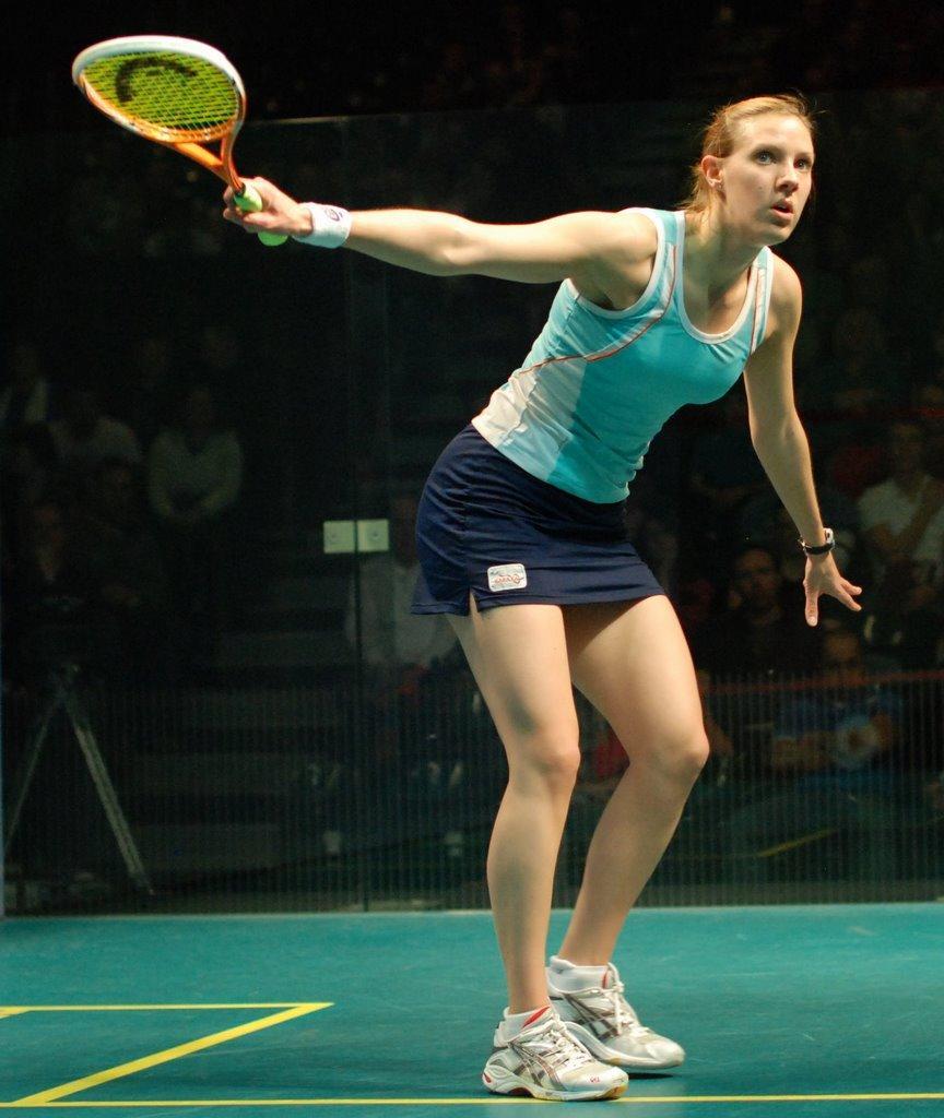 Laura Massaro - Wikipedia