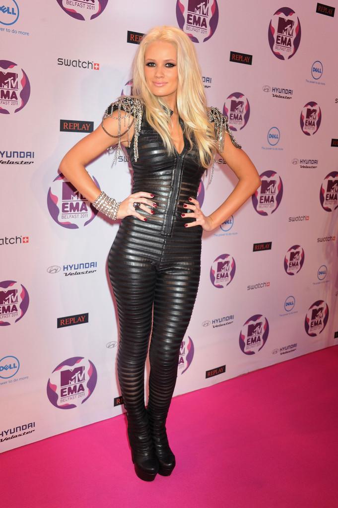 Lauren Bennett Photos - MTV Europe Music Awards 2011 - Arrivals - Zimbio