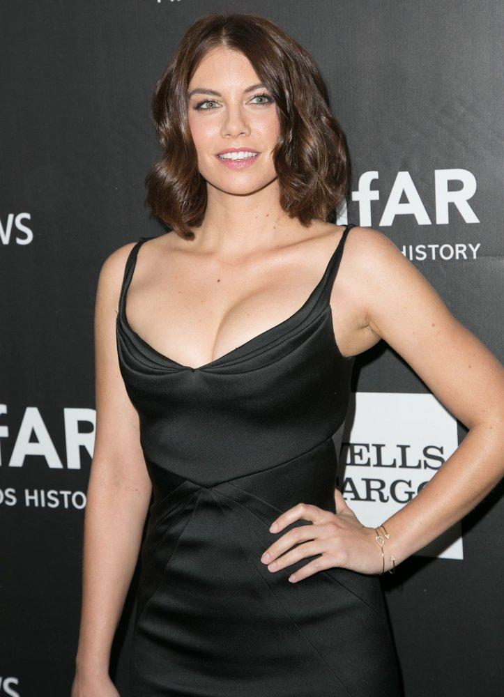Lauren Cohan Pictures, Latest News, Videos And Dating Gossips
