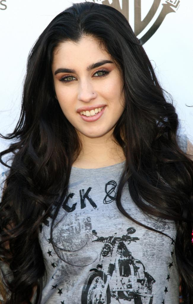 Lauren Jauregui's Hair Tutorial Videoi: Fifth Harmony Singer Doesn't