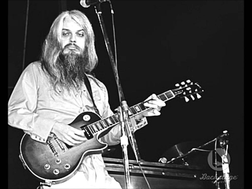 Leon Russell - The Battle Of New Orleans (LP) - YouTube