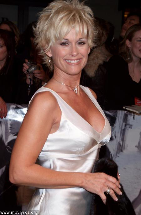 Lorrie Morgan - Celebrity Photos, Biographies And More
