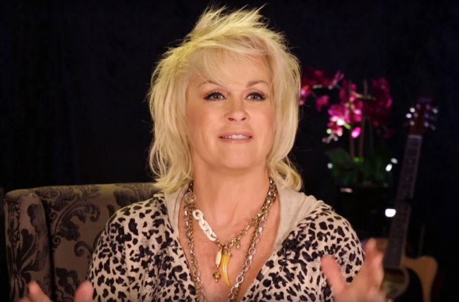 Lorrie Morgan Talks About New Album,    Letting Go . . . Slow