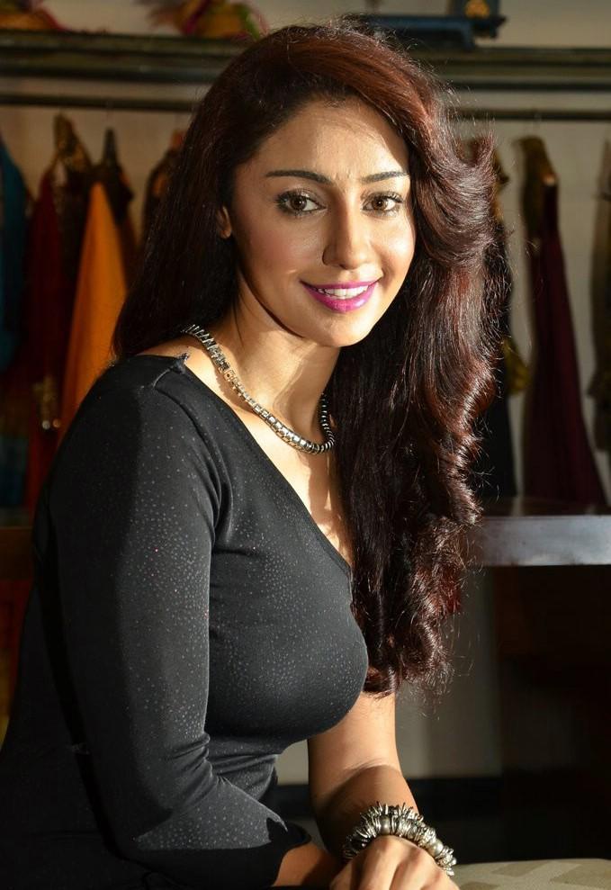 Mahek Chahal Bollywood Actress Photos,Mahek Chahal Indian